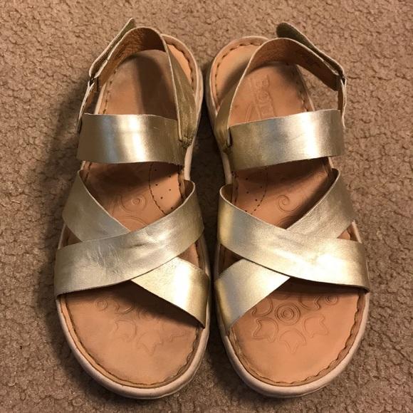 da1d73b6093ab Born Shoes - BORN gold sandals sz. 10